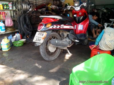 По Лаосу на скутере. День второй. Удомксай - Луанг Прабанг